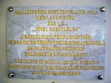 Emléktábla 2009. november