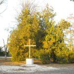 Kereszt a régi temető helyén